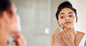 MYTHS & TIPS ON DEALING WITH OILY, ACNE-PRONE SKIN