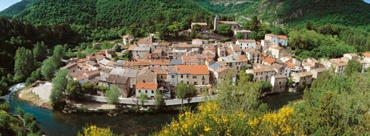 Avène village