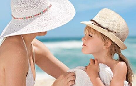 Pflegeritual für die Haut an der Sonne