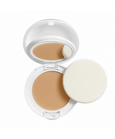 Kompaktní výživný make-up SPF 30 přirozený odstín