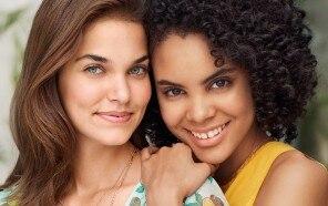 Pflegeritual für unreine Haut und Akne bei Jugendlichen