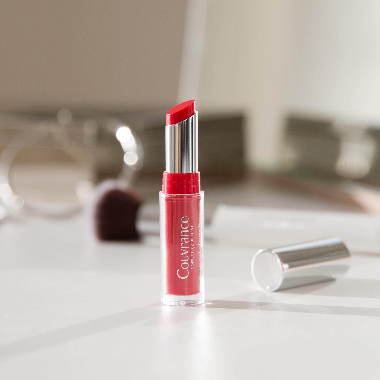 Embellecedor de labios rojo Couvrance