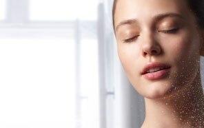 Rituale base per il viso