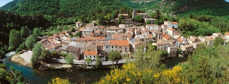 Satul Avène 1