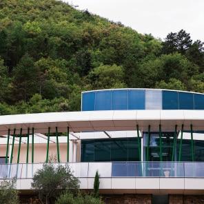 Avene, Dermatološki hidroterapevtski center